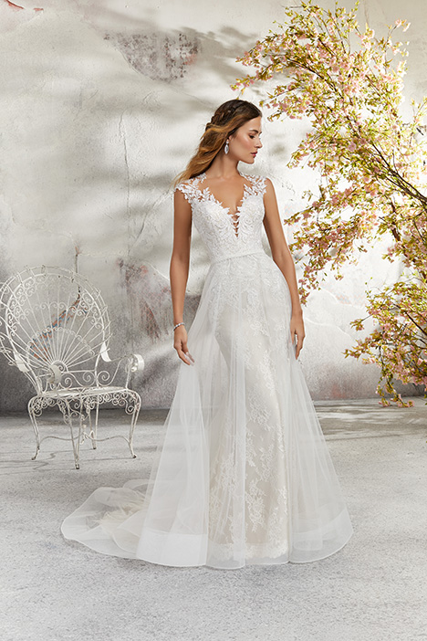 5689 Wedding                                          dress by Mori Lee: Blu