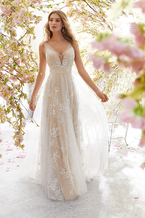 6896 Wedding                                          dress by Mori Lee: Voyage
