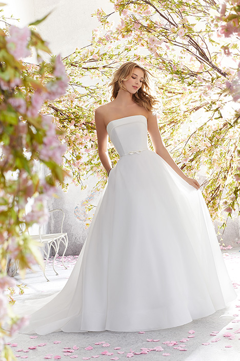 6897 Wedding                                          dress by Mori Lee: Voyage
