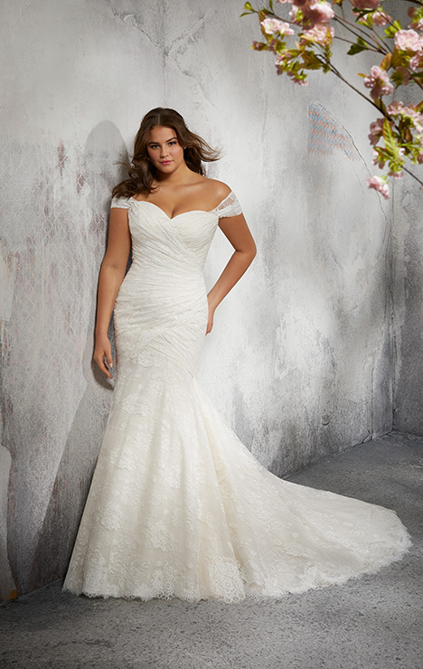 3247 Wedding                                          dress by Mori Lee: Julietta