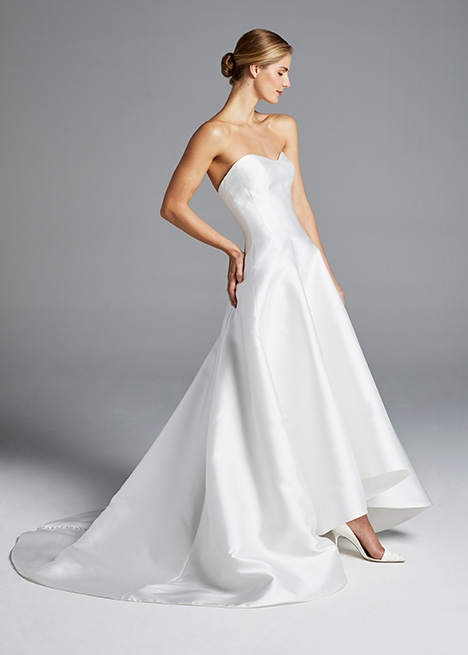 MINDY Wedding                                          dress by Anne Barge