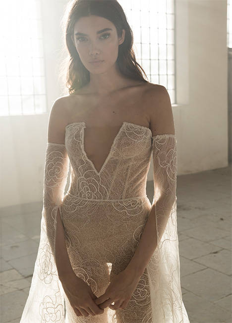Kaya Wedding                                          dress by Lee Petra Grebenau