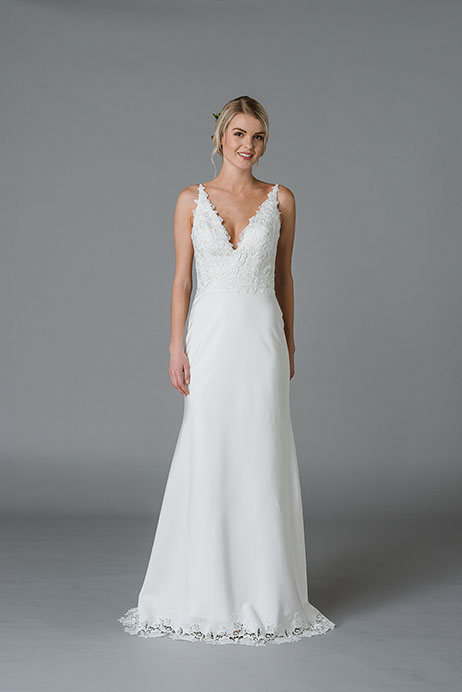 Jewel Wedding dress by Lis Simon
