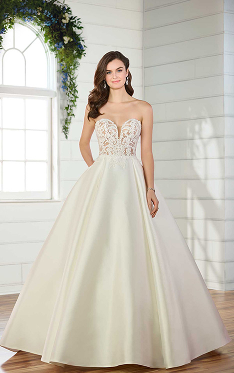 D2486 Wedding                                          dress by Essense of Australia