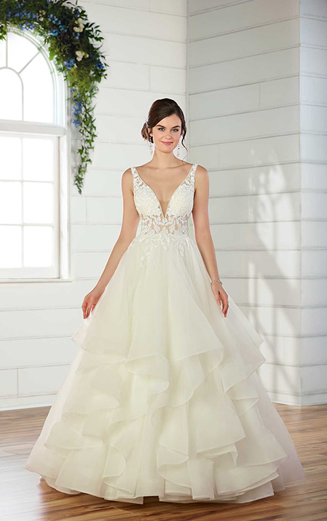 D2520 Wedding                                          dress by Essense of Australia