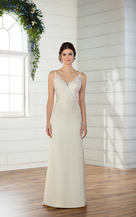 D2533 Wedding                                          dress by Essense of Australia