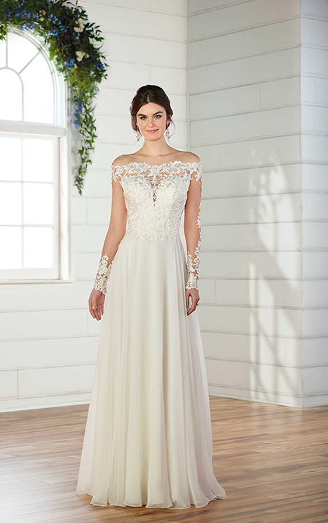 D2569 Wedding                                          dress by Essense of Australia