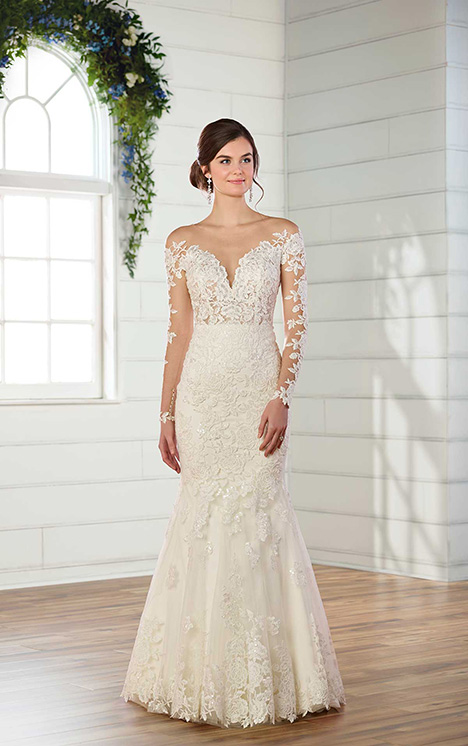 D2602 Wedding                                          dress by Essense of Australia