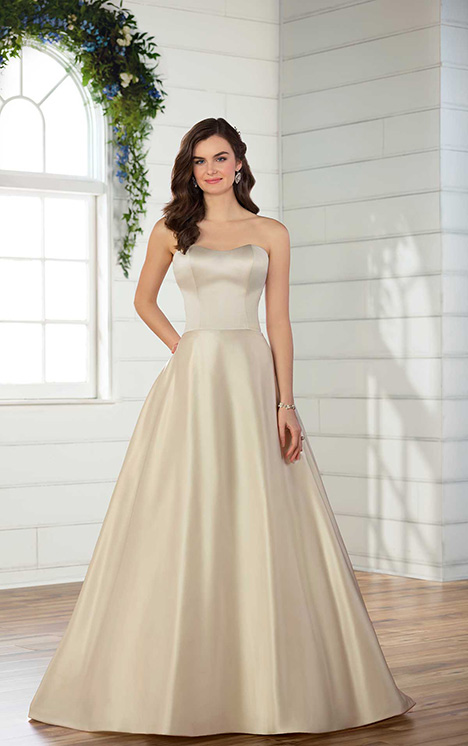 D2665 Wedding                                          dress by Essense of Australia