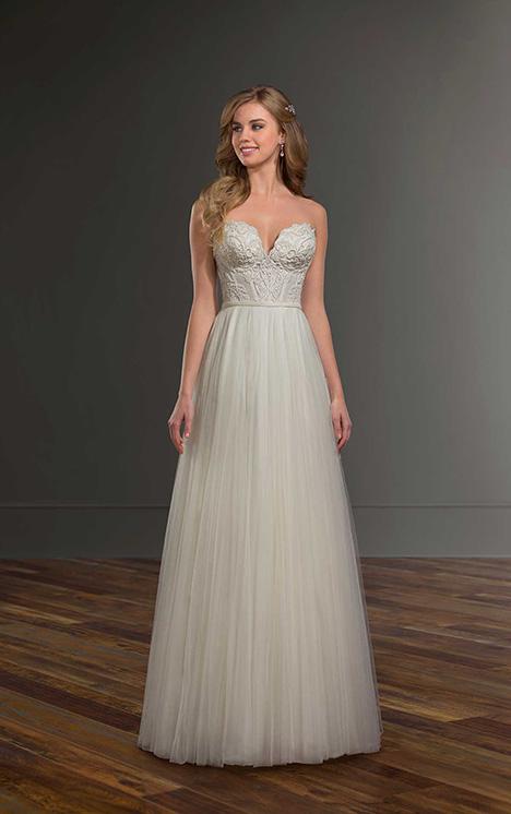 1042 Wedding                                          dress by Martina Liana