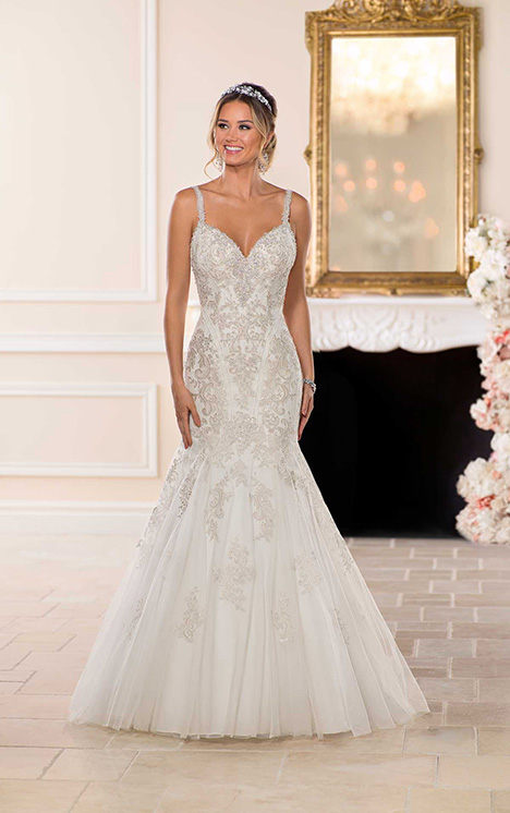 6606 Wedding                                          dress by Stella York