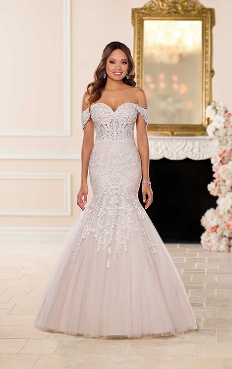 6626 Wedding                                          dress by Stella York