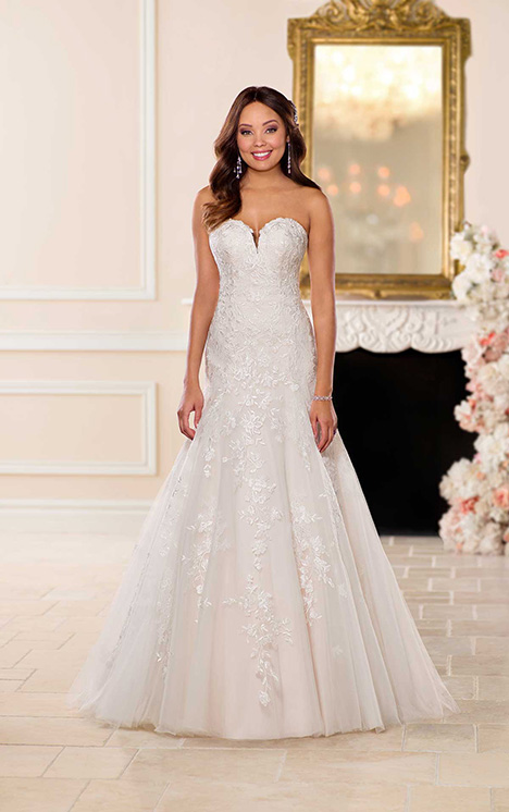 6680 Wedding                                          dress by Stella York