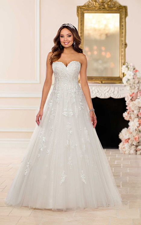 6690 Wedding                                          dress by Stella York