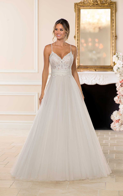 6701 Wedding                                          dress by Stella York