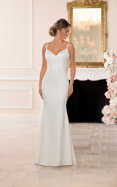 6705 Wedding                                          dress by Stella York