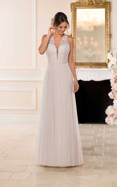 6707 Wedding                                          dress by Stella York