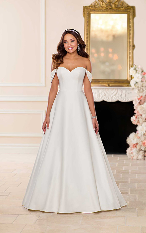6718 Wedding                                          dress by Stella York