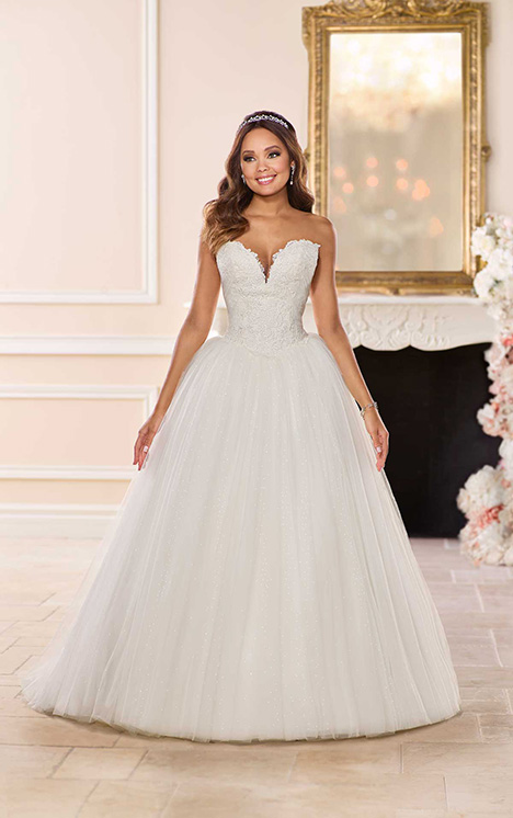 6740 Wedding                                          dress by Stella York