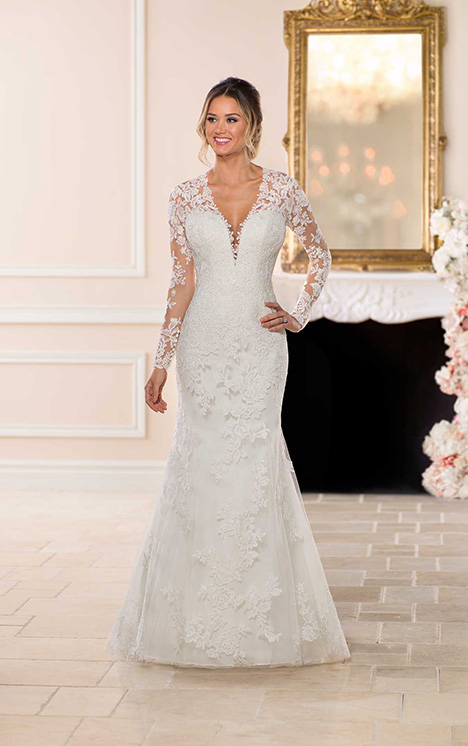 6746 Wedding                                          dress by Stella York