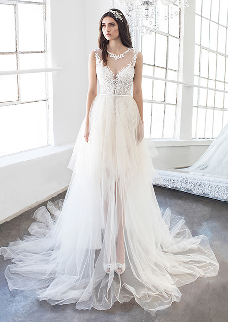 Piper (8475) gown from the 2018 Winnie Couture : Blush collection, as seen on dressfinder.ca
