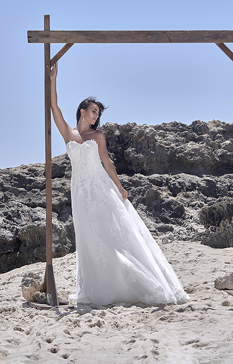 CZ 2404D-1X Wedding                                          dress by Cizzy Bridal
