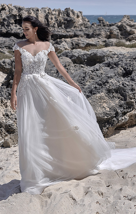 CZ 6063-1Z Wedding                                          dress by Cizzy Bridal