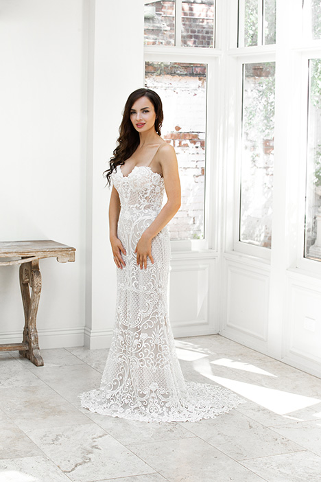 ZB 206-1Z gown from the 2018 Zavana Bridal collection, as seen on dressfinder.ca
