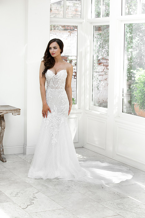 ZB 210-1Z Wedding                                          dress by Zavana Bridal