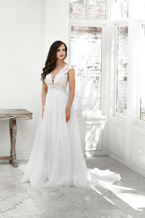ZB 6036-1Z gown from the 2018 Zavana Bridal collection, as seen on dressfinder.ca
