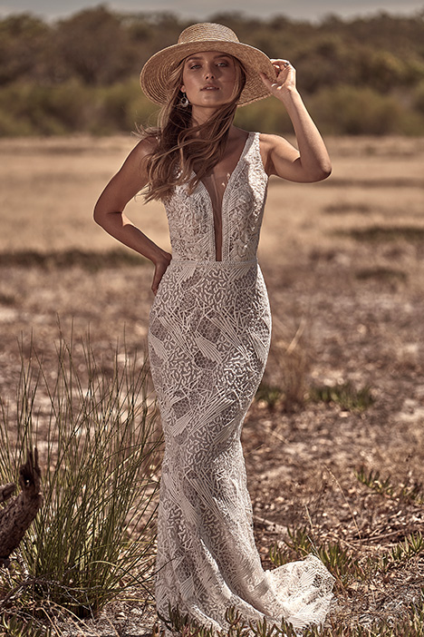 WA 6060-1Z gown from the 2018 White April collection, as seen on dressfinder.ca