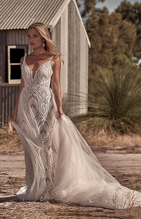 WA 6062-1Z Wedding                                          dress by White April