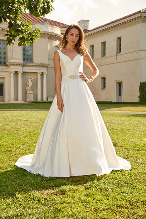 AT4711 Wedding                                          dress by Venus Bridal: Angel & Tradition