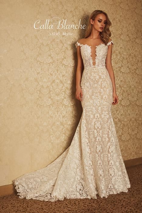 18245 Wedding dress by Calla Blanche