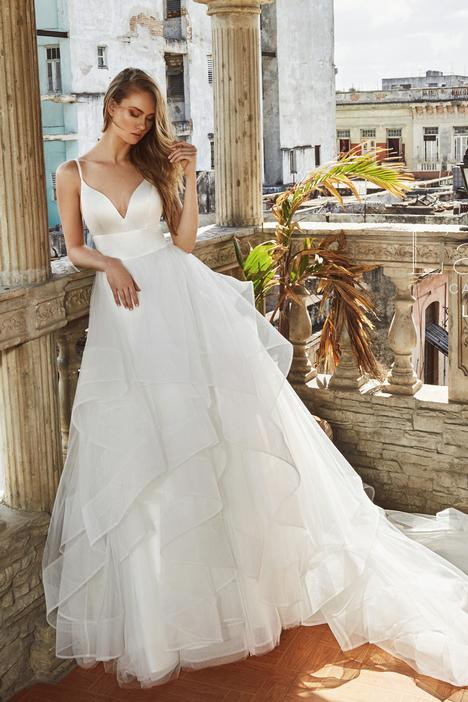 LA8223 Wedding                                          dress by L'Amour by Calla Blanche