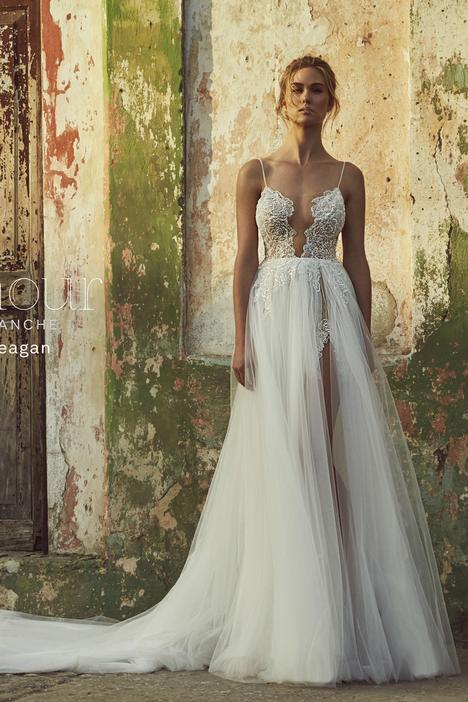 LA8225 Wedding                                          dress by L'Amour by Calla Blanche