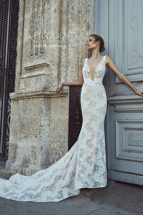 LA8236 Wedding                                          dress by L'Amour by Calla Blanche