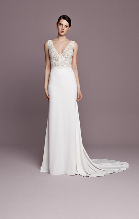 SNT562 Wedding                                          dress by Daalarna
