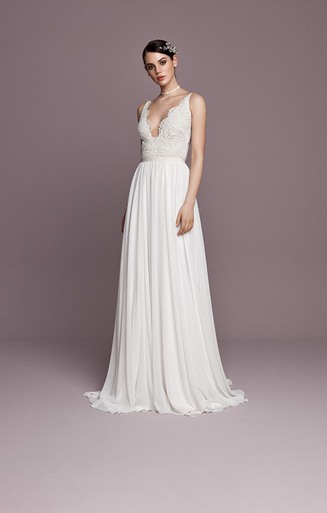 SNT563 Wedding                                          dress by Daalarna