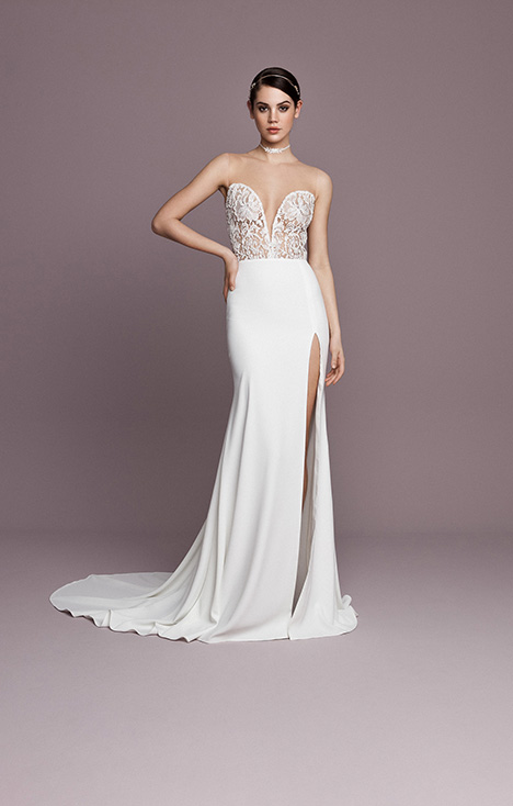 SNT564 Wedding                                          dress by Daalarna