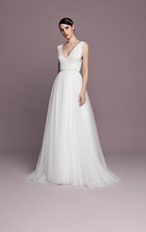 SNT572 Wedding                                          dress by Daalarna