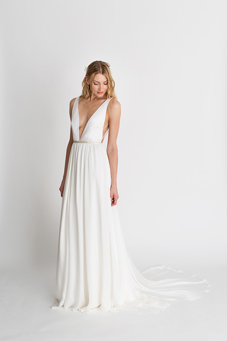 Iris Solid Wedding                                          dress by Alexandra Grecco