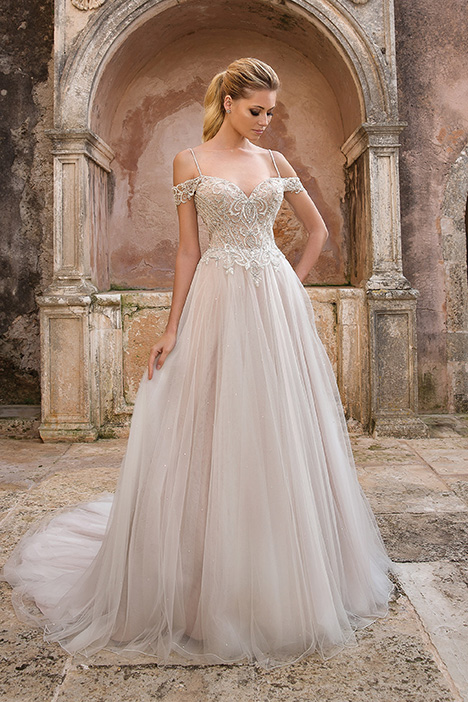 88052 Wedding                                          dress by Justin Alexander