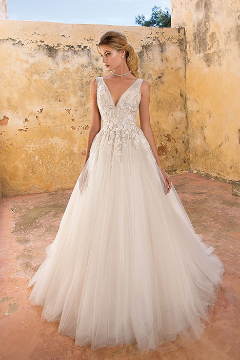 88054 Wedding                                          dress by Justin Alexander