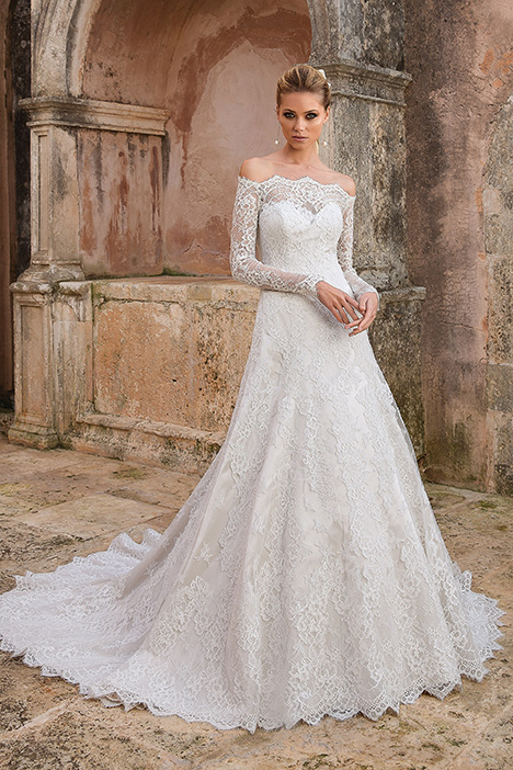 88055 Wedding                                          dress by Justin Alexander
