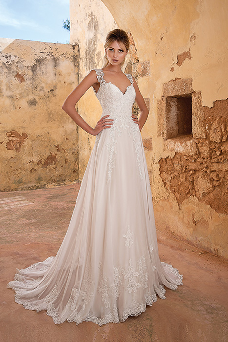 88058 Wedding                                          dress by Justin Alexander