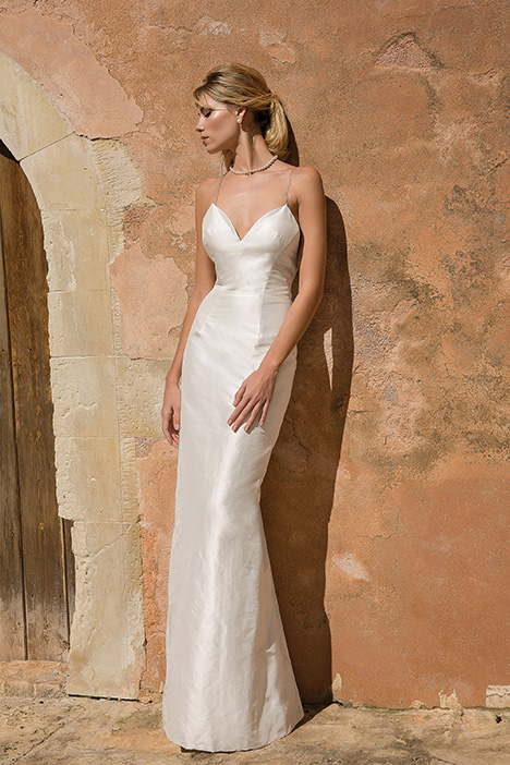 88065D Wedding                                          dress by Justin Alexander