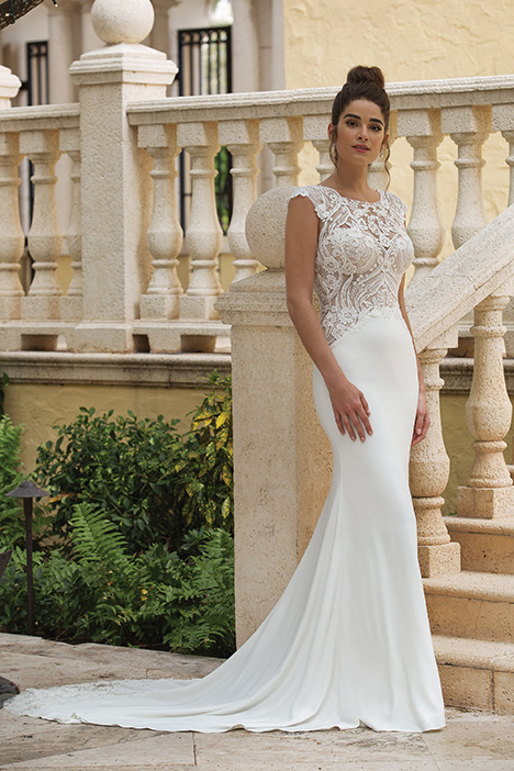 44070 Wedding                                          dress by Sincerity