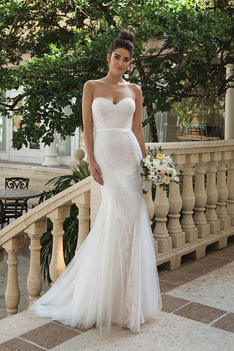 44071 Wedding                                          dress by Sincerity