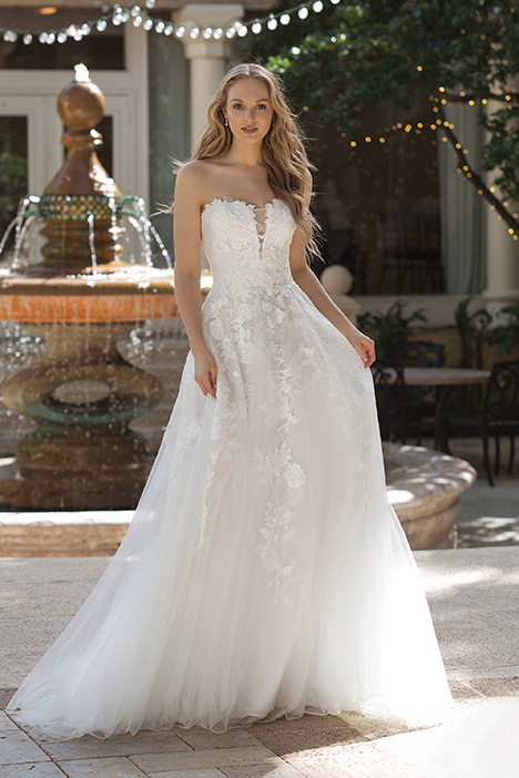 44073 (Ivory) Wedding                                          dress by Sincerity